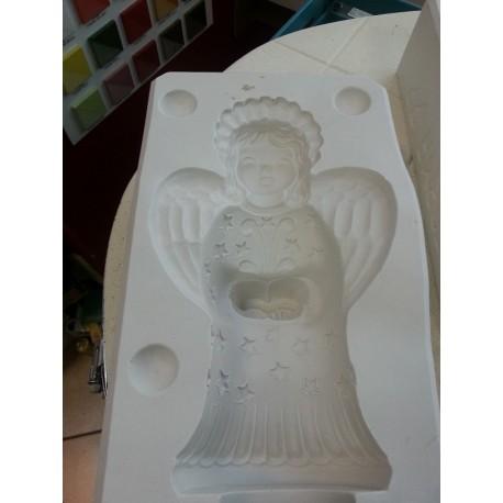 Forma anioł z książką